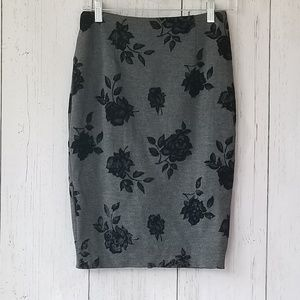 WHBM Gray Pencil Skirt Stretchy Knit 4